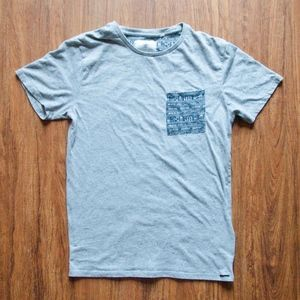On the Byas T-shirt, Grey with Aztec Pocket Size S